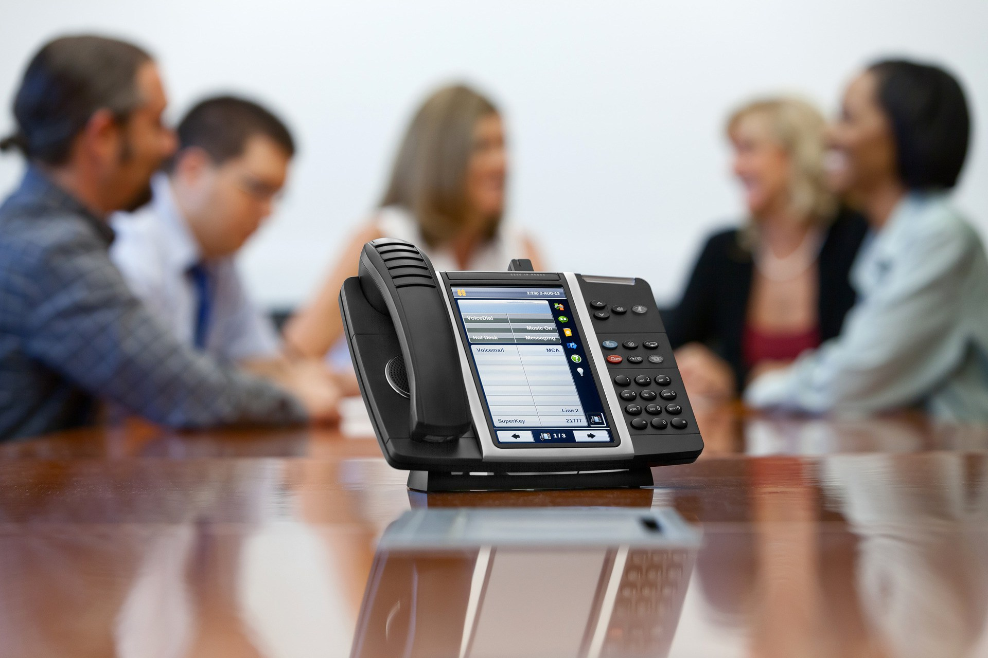 VoIP: Hardphone vs. Softphone